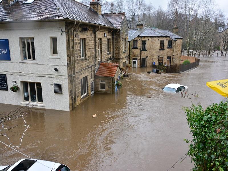 Tips Cerdas Menghadapi Musim Hujan Anti Kebanjiran